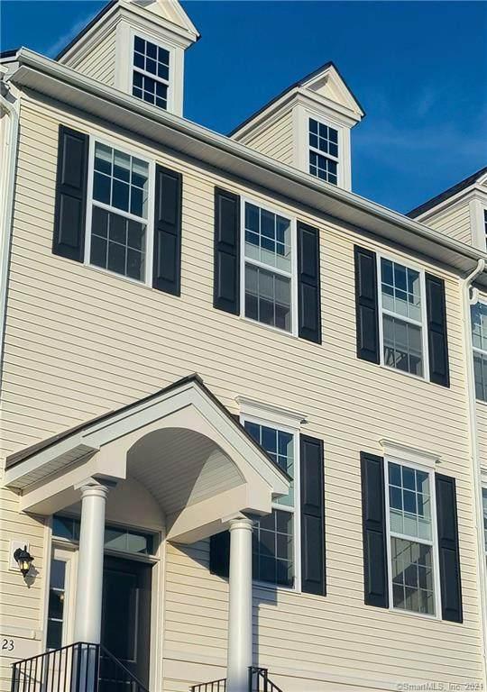 23 Moorland Drive #23, Danbury, CT 06810 (MLS #170406924) :: Michael & Associates Premium Properties   MAPP TEAM