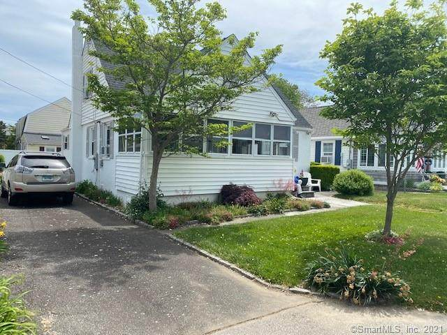54 Swan Avenue, Old Lyme, CT 06371 (MLS #170409210) :: Next Level Group