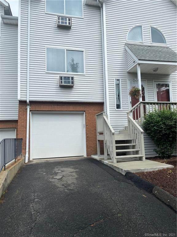 925 Oronoke Road 21G, Waterbury, CT 06708 (MLS #170412433) :: Michael & Associates Premium Properties   MAPP TEAM