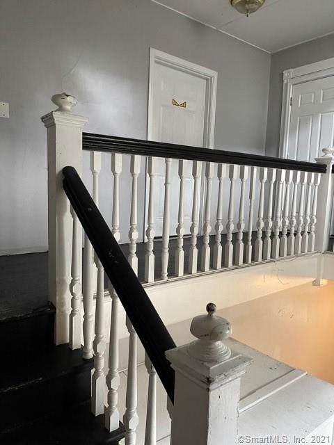 15 Ridgewood Street, Waterbury, CT 06710 (MLS #170414350) :: Chris O. Buswell, dba Options Real Estate