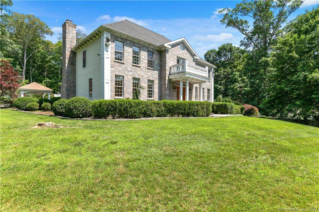 27 Chestnut Hill Road - Photo 1