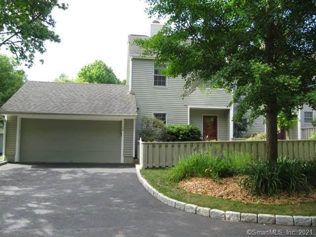 50 Edgewater Commons Lane, Westport, CT 06880 (MLS #170422298) :: GEN Next Real Estate