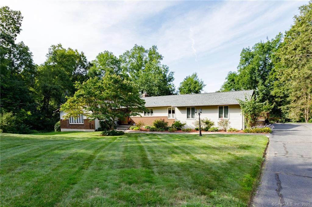 25 Forest Hills Drive - Photo 1