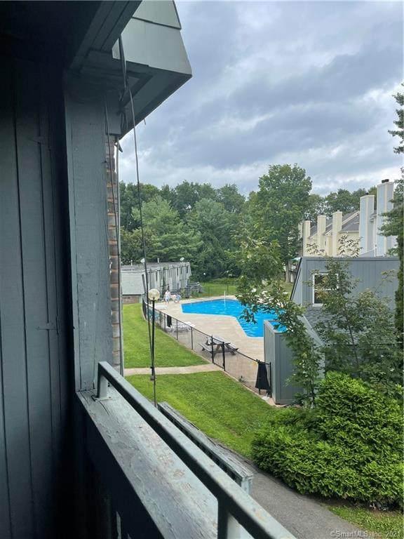 22 Trolley Crossing Lane #22, Middletown, CT 06457 (MLS #170434379) :: Kendall Group Real Estate   Keller Williams