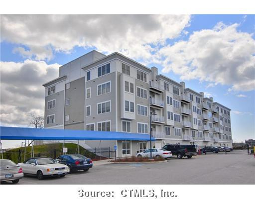 400 Bank Street #301, New London, CT 06320 (MLS #E249553) :: GEN Next Real Estate