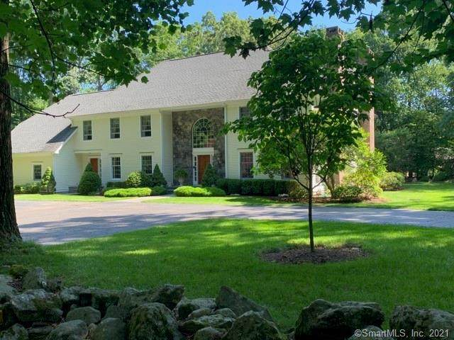 280 Brambley Hedge Circle, Fairfield, CT 06824 (MLS #170409475) :: The Higgins Group - The CT Home Finder