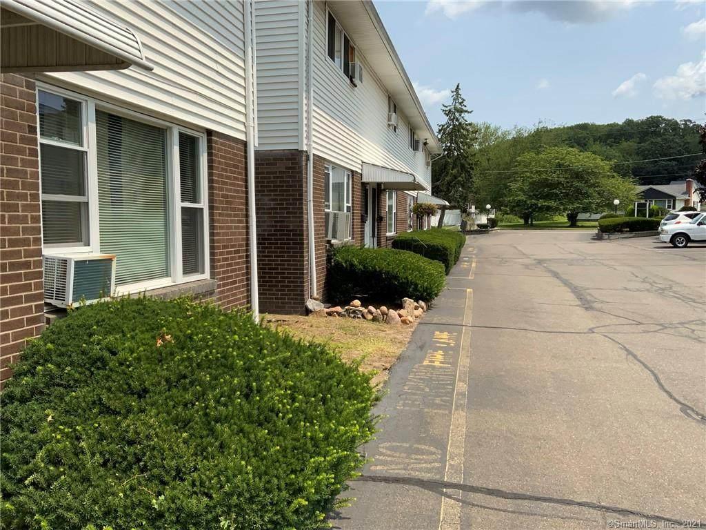 466 Middletown Avenue - Photo 1