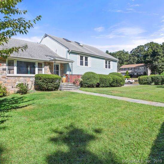 7 Bridle Path Road, Stamford, CT 06902 (MLS #170233710) :: The Higgins Group - The CT Home Finder