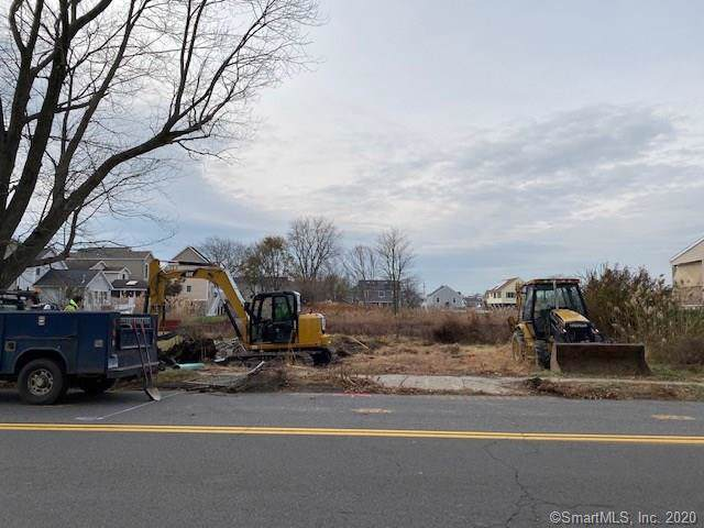 30 Surf Avenue, Milford, CT 06460 (MLS #170207800) :: The Higgins Group - The CT Home Finder