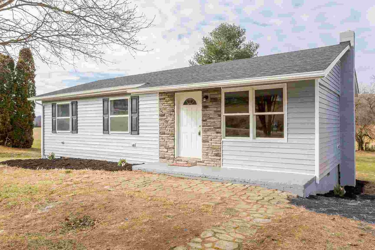 3264 Oak Ridge Rd - Photo 1
