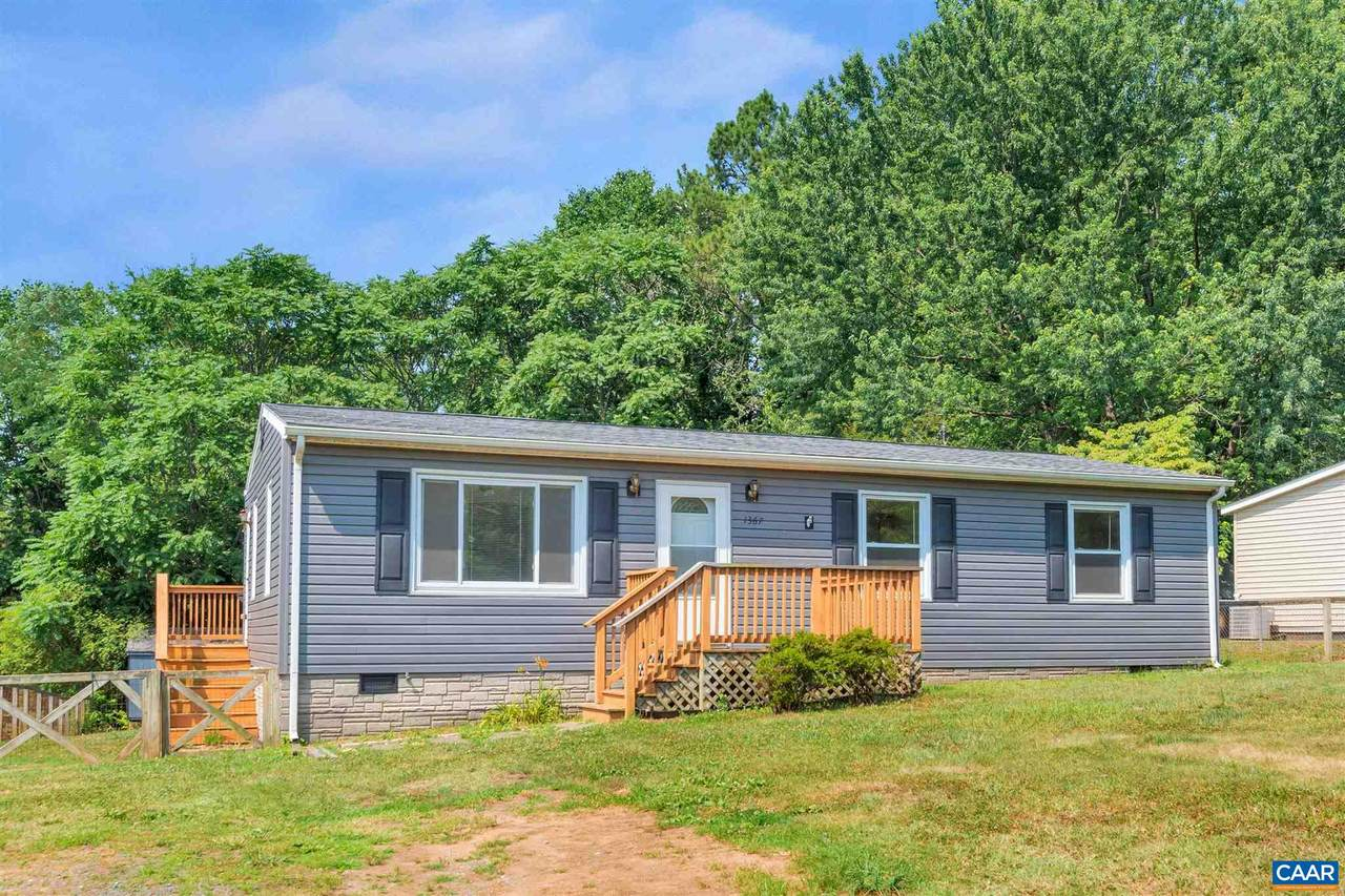 1367 Orchard Dr - Photo 1