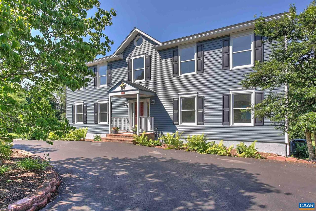 631 Woodlands Rd - Photo 1