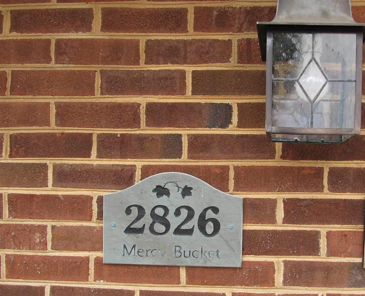 2826 Jefferson Ln - Photo 1