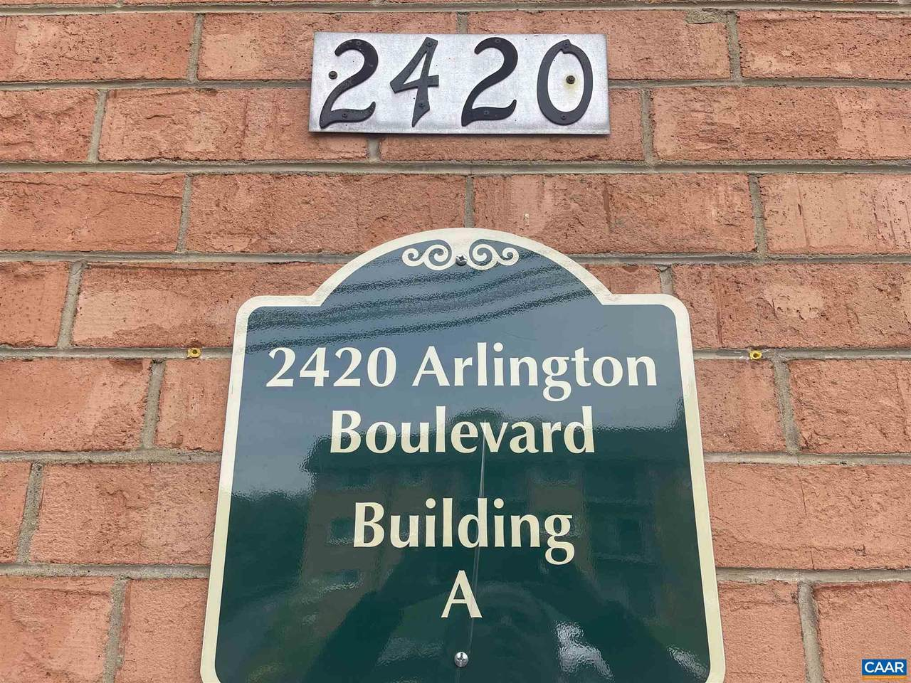 2420 Arlington Blvd - Photo 1