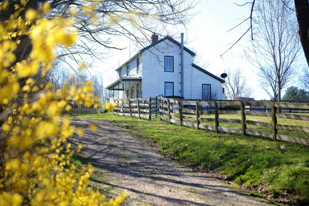 413 University Farm Rd - Photo 1