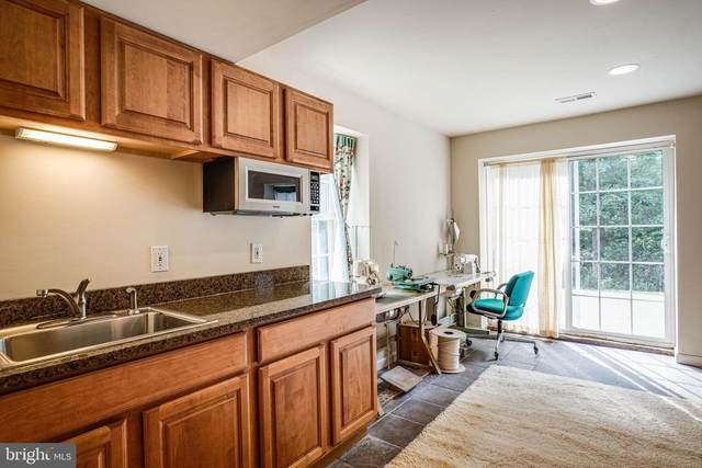 8300 Musket Ridge Ln, FREDERICKSBURG, VA 22407 (MLS #37176) :: KK Homes