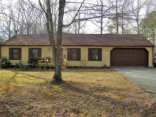 4 Forest Dr, Palmyra, VA 22963 (MLS #586136) :: Jamie White Real Estate
