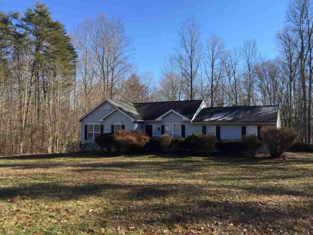 949 Oak Creek Rd, Palmyra, VA 22963 (MLS #586435) :: Real Estate III