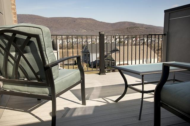 5426 Ashlar Ave, Crozet, VA 22932 (MLS #586935) :: Real Estate III