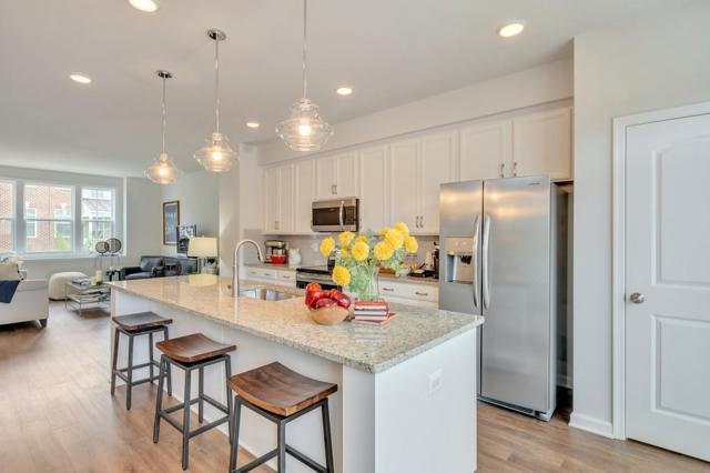15 Bergen St, CHARLOTTESVILLE, VA 22902 (MLS #586964) :: Real Estate III