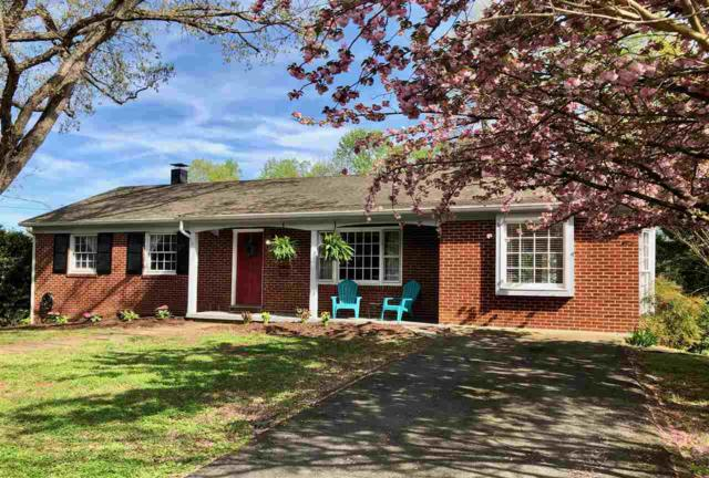 2302 Wakefield Rd, CHARLOTTESVILLE, VA 22901 (MLS #589543) :: Jamie White Real Estate
