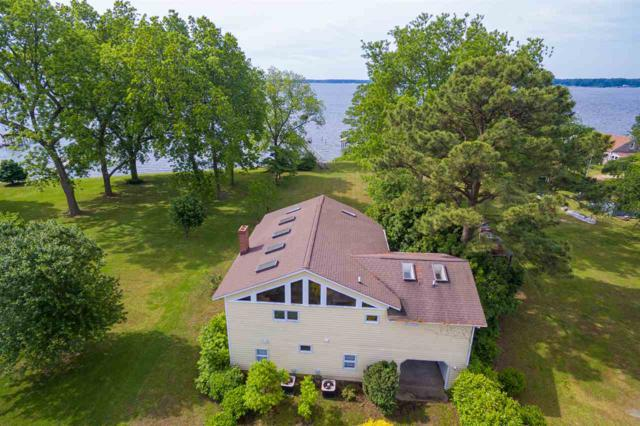 127 Berryville Shores Dr, Deltaville, VA 23043 (MLS #590848) :: Jamie White Real Estate