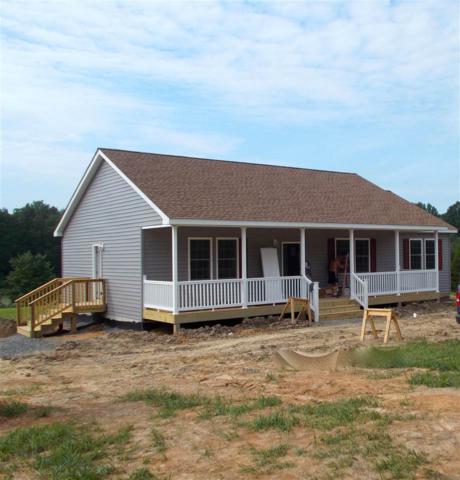 72 Lancaster Ct, LOUISA, VA 23093 (MLS #591340) :: Jamie White Real Estate