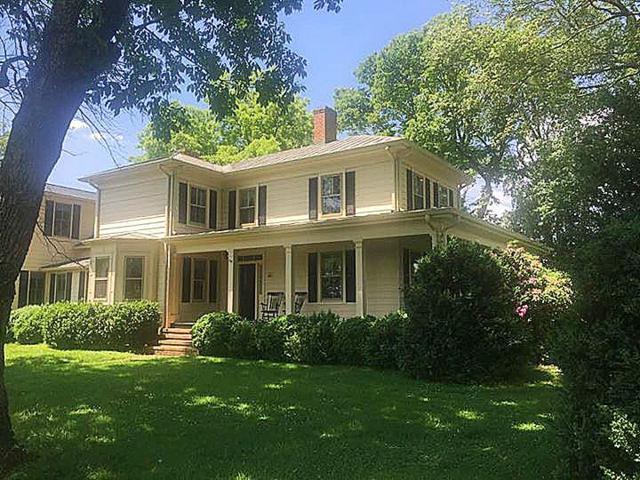 12894 Louisa Rd, LOUISA, VA 23093 (MLS #592332) :: Jamie White Real Estate