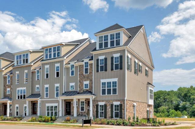 5469 Golf Dr, Crozet, VA 22932 (MLS #594373) :: Jamie White Real Estate