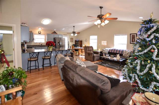 63 Amethyst Rd, Palmyra, VA 22963 (MLS #598098) :: Jamie White Real Estate