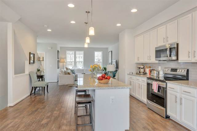525 Caddy Alley #14, CHARLOTTESVILLE, VA 22911 (MLS #599485) :: Jamie White Real Estate