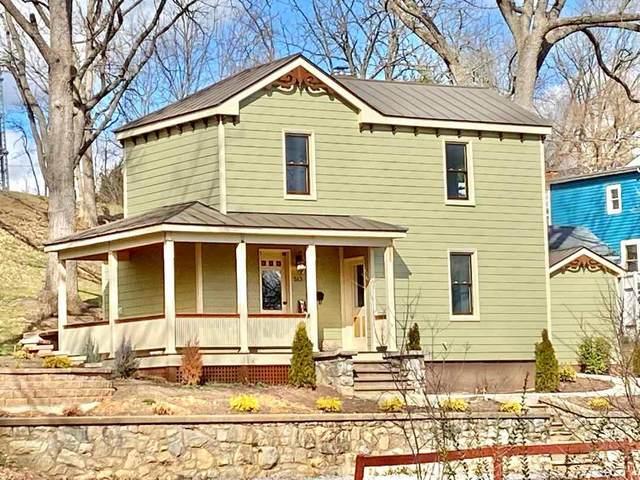 513 Locust St, STAUNTON, VA 24401 (MLS #600622) :: KK Homes