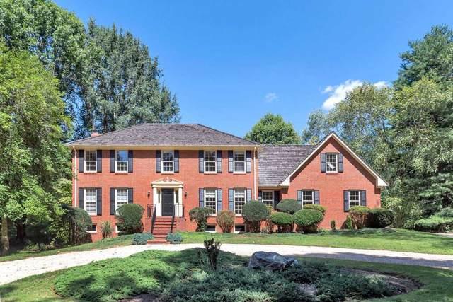 560 Arrowhead Dr, Earlysville, VA 22936 (MLS #601403) :: Real Estate III