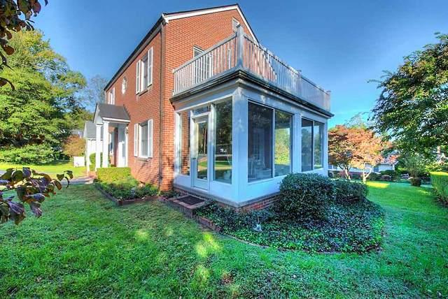 705 Lyons Court Ln, CHARLOTTESVILLE, VA 22902 (MLS #605578) :: Jamie White Real Estate