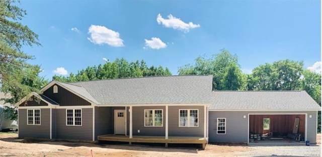 49 Lake Forest Dr, MINERAL, VA 23117 (MLS #605728) :: Jamie White Real Estate