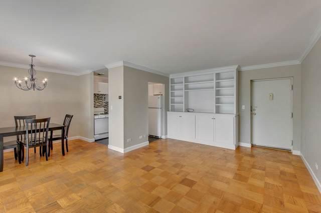 511 N 1ST ST #606, CHARLOTTESVILLE, VA 22903 (MLS #608968) :: Jamie White Real Estate