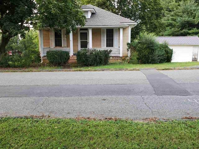 401 Sterling St, STAUNTON, VA 24401 (MLS #609022) :: Jamie White Real Estate