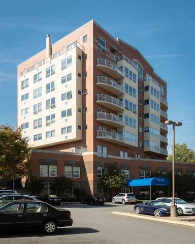 250 W Main St, CHARLOTTESVILLE, VA 22902 (MLS #609885) :: KK Homes