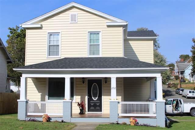 202 Hays Ave, STAUNTON, VA 24401 (MLS #610284) :: Jamie White Real Estate