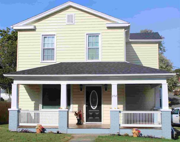 202 Hays Ave, STAUNTON, VA 24401 (MLS #612484) :: Real Estate III