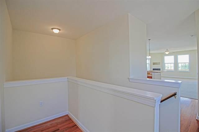 72 Windgate Cir #204, Fishersville, VA 22939 (MLS #613038) :: Jamie White Real Estate