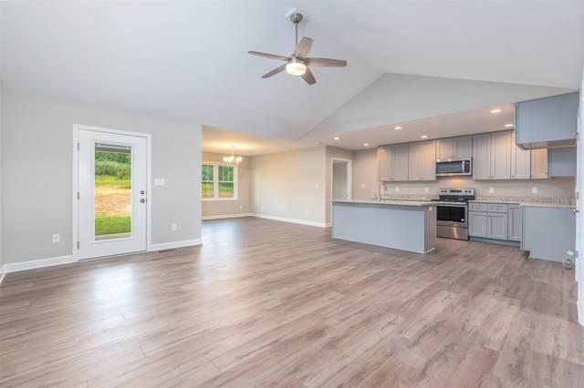 149 Lake View Cir, WAYNESBORO, VA 22980 (MLS #614121) :: Jamie White Real Estate