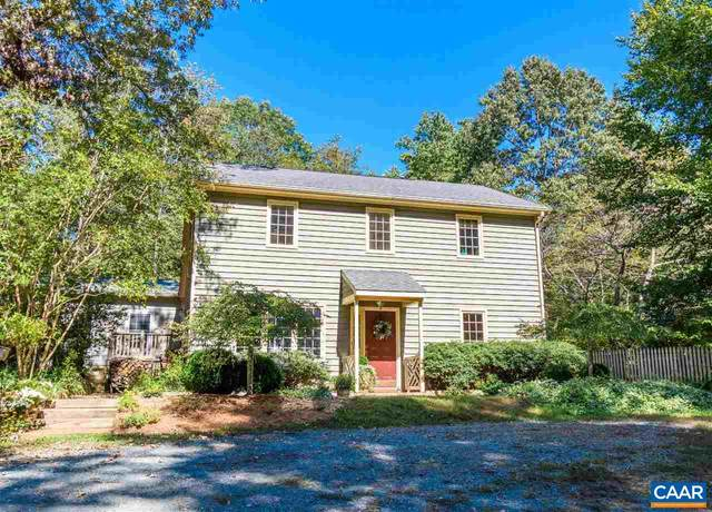 3908 Stony Point Rd, KESWICK, VA 22947 (MLS #616171) :: Real Estate III