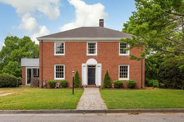 745 Oak Ave, WAYNESBORO, VA 22980 (MLS #618383) :: KK Homes