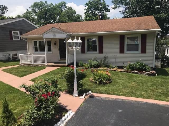 325 S Winchester Ave, WAYNESBORO, VA 22980 (MLS #618983) :: Jamie White Real Estate