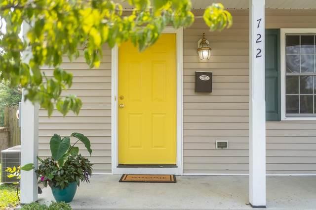 722 Highland Ave, WAYNESBORO, VA 22980 (MLS #620314) :: KK Homes