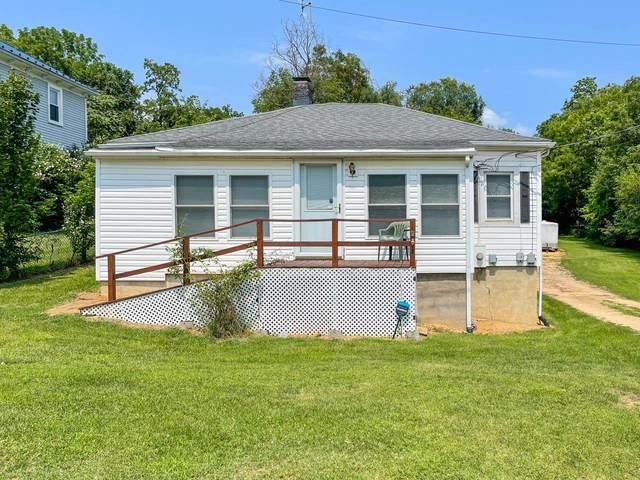 1015 Peck St, STAUNTON, VA 24401 (MLS #620793) :: KK Homes