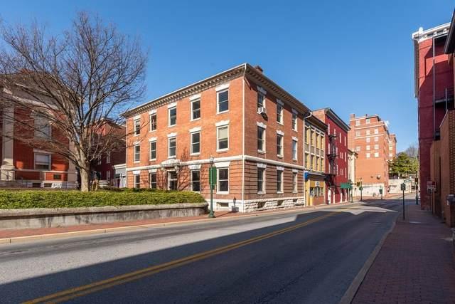9 Lawyers Row, STAUNTON, VA 24401 (MLS #621344) :: Jamie White Real Estate