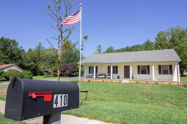 410 Round Hill Dr, Stuarts Draft, VA 24477 (MLS #621805) :: KK Homes