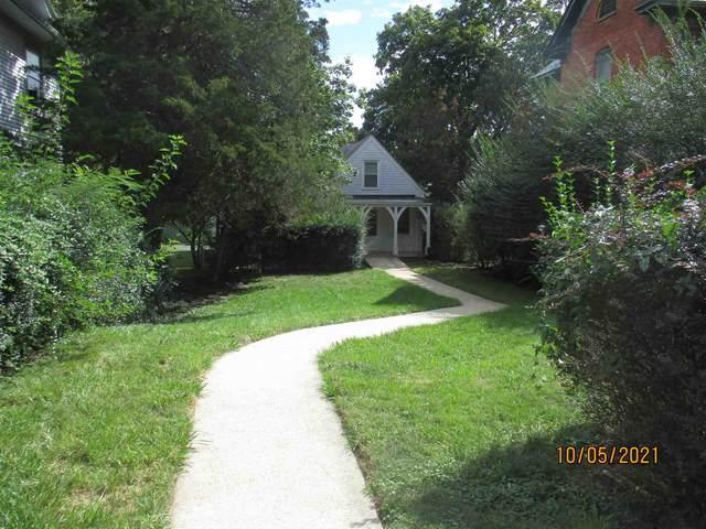 468 Wayne Ave, WAYNESBORO, VA 22980 (MLS #623140) :: KK Homes